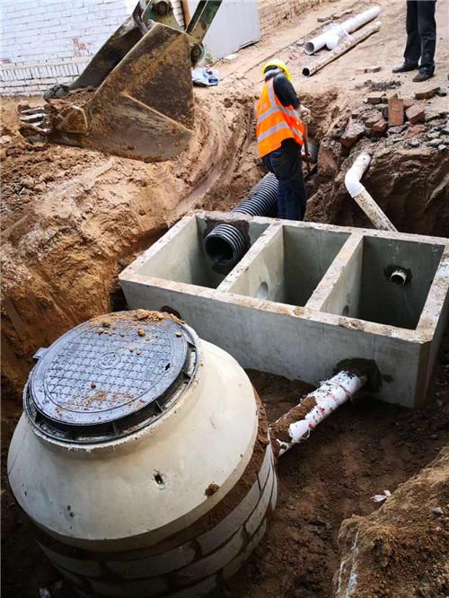 混凝土隔油池